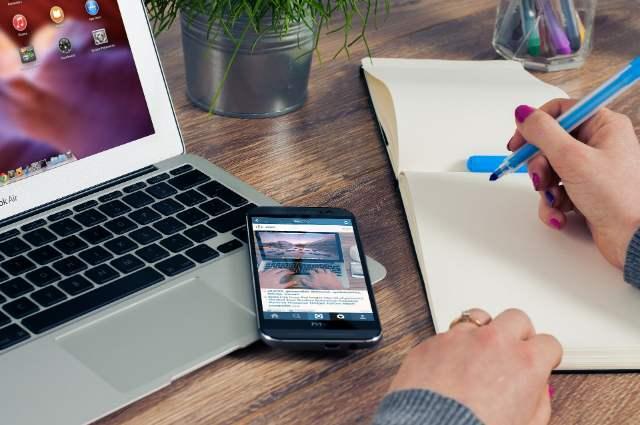 De ce este importantă mai mult ca niciodată prezența pe social media în contextul COVID-19