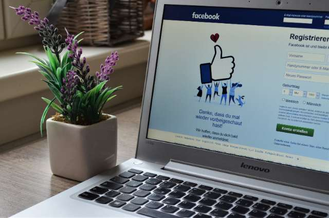 Facebook Ads. Tipuri, specificaţii text şi obiective pentru reclame